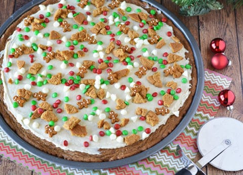 Try a new spin on a traditional gingerbread cookie recipe with this gorgeous dessert pizza!