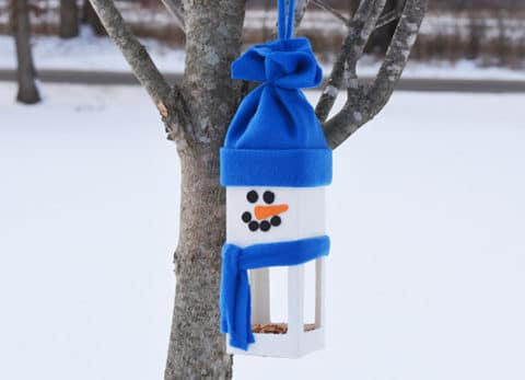 Winter is a great time to feed the birds! This Snowman Birdhouse is the perfect accessory to your winter trees.
