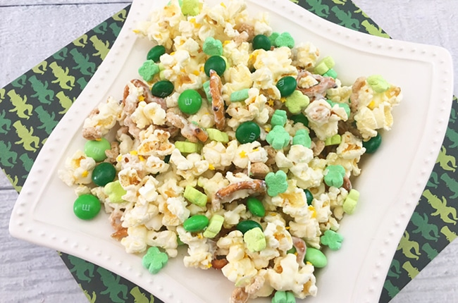 This St. Patrick's Day Leprechaun Snack Mix is simple to make and with is salty and sweet flavor it'll keep you coming back for more.